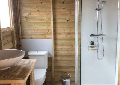 Oak Glamping Tent - Bathroom