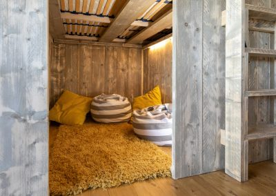 Birch den under cabin bed
