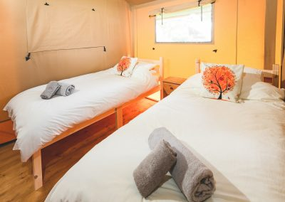 Maple glamping tent_Twin bedroom